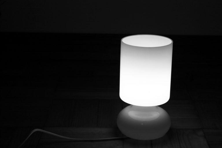 Dobór kompletu oświetlenia do mieszkania
