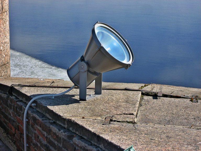 Reflektorki LED – czy warto w nie inwestować?